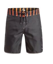 QUIKSILVER  Wasted 18 Hipster Style Boardshorts SIZE 32