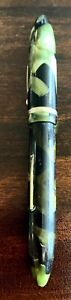 Vintage Shaeffer Balance Fountain Pen, 1930's Era, Green and Black Radiate