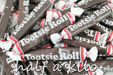 HALF A KILO OF TOOTSIE ROLL MINIATURES. AMERICAN IMPORT BUY IN BULK AND SAVE!