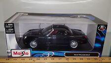 1/18 MAISTO SPECIAL EDITION 2002 FORD THUNDERBIRD BLACK bd