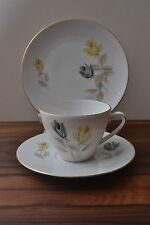 6 Mid century 50s yellow Rose Patterned Porcelain Trios Seltmann Weiden