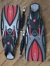 Aqua Lung Sling Shot Fins : Black / Red with Spring Fin Straps - Size XL