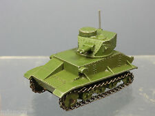 DINKY TOYS MODEL  No.152a  LIGHT TANK   ( WITH AERIAL )