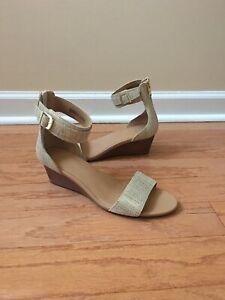 Authentic Women's Ugg Australia Char Metallic Wedge Sandals, Bronze, Size 9.5