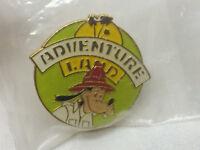 Vintage Disney Adventure Land Goofy Pin Safari Badge