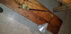 Ancienne lampe industrielle d'atelier Ki-e-Klair AP  industriel loft gras jielde