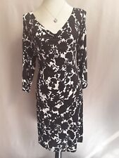 GORGEOUS LAURA ASHLEY BLACK/WHITE FLORAL RUCHED NECKLINE EVENING DRESS SIZE 12