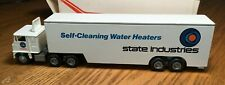 Winross White 7000 State Industries  Tractor/Drop Belly Trailer 1/64