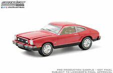 GREENLIGHT HOBBY EXCLUSIVE 1:64 BRIGHT RED VERMILION 1976 FORD MODEL CAR 30204