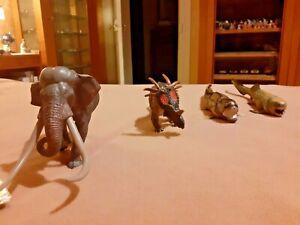 DINOSAURES LOT 5 figurines neuves