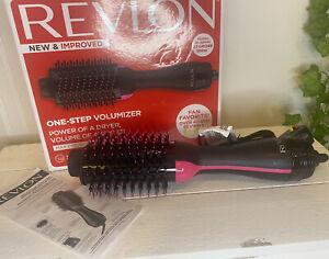 Revlon 1100W Hair Dryer and Volumizer Hot Air Brush - Black And Pink