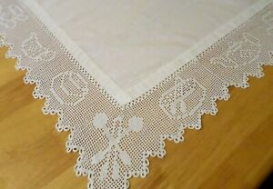 VINTAGE Tablecloth HAND CROCHETED Teapots, Cups & Saucers LACE White