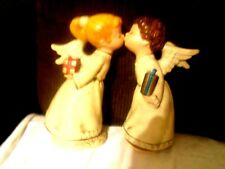 Beautiful Kissing Angels~One Plays Love Story~ Nice To Display Year Round