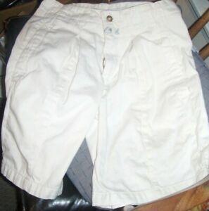 Marithe Francois Girbaud Men's 100% Cotton Chino Style White Shorts ~ Sz 28