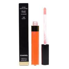 Maquillage des lèvres scintillantes CHANEL
