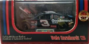Dale Earnhart #3 Revell Precision Engineered GM Goodwrench Service Plus 1998