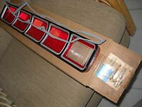NOS MOPAR 1972 PLYMOUTH FURY 111 & GRAND FURY TAIL LIGHT LENS 3621697