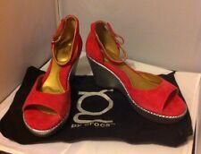 New YOU by Crocs Marcita Womens Suede Metallic Heel Wedge Shoes SZ 9 Pink Fushia