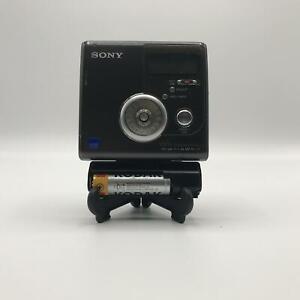 Sony MZNH900 Hi-MD Walkman Portable Recorder - Black - Acceptable (MZ-NH900/BM)