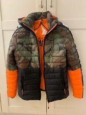 SUPERDRY JPN nice orange/khaki army print jacket with hood in size Small S