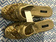 XHILARATION WOMEN'S SHOES SIZE 8 GOLD Perfectly Comfortable and casualHeel measu