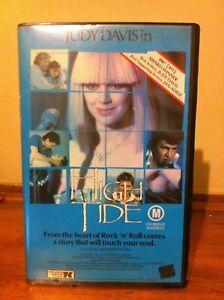 High Tide VHS cassette Seven Keys video movie comedy drama Judy Davis Sydney
