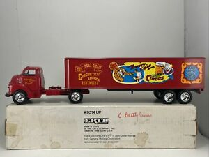 ERTL 1 43 SCALE 1950 CHEVY CAB CLYDE BEATTY CIRCUS TRUCK