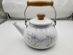 Corning Ware Shadow Iris Tea Kettle Pot VINTAGE  Collectable by Lincoware