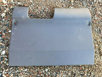 Holden Commodore VN VP VQ Statesman Drivers side under dash fuse cover