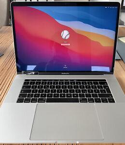 """Apple MacBook Pro 2016 15.4"""" 16GB RAM, 256GB SSD, Silber mit Touchbar"""
