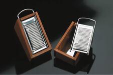 PRATICA grattugia acciaio inox  contenitore legno  made in italy