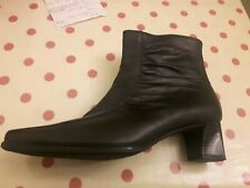 GABOR BLACK LEATHER ANKLE BOOTS SIZE 5 1/2