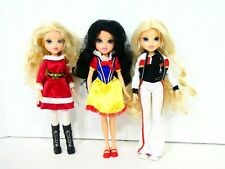 Moxie Girlz MGA Doll Avery Holiday Snow White Lot of 3 Great Condition