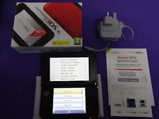 NINTENDO 3DS XL BLACK / BLUE BOXED FAST POST