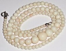 "VINTAGE ART DECO ANGEL SKIN CORAL GRADUATED BEADS NECKLACE 19"" LONG"