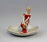 9937846-dss Porcelana Figura Jugendstil-Frau en Hoja