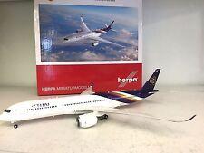 HERPA WINGS 1:200 Airbus A350-900 Thai HS-THB 'Wichian Buri' a plastic model
