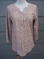 Shenanigans Womens Knit Top Henley Shirt Sz M Brown Floral Lace 3/4 Tab Sleeves
