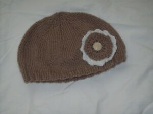 Ladies Hand Knit Beanie Hat with Taupe & Cream Flowers & Cream Button - BNWOT