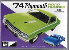 MPC 920 1/25 1974 Plymouth Road Runner 2t Plastic Model Kit