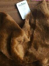 Flor 8 mm Einsteigermohair 25 x 70 cm cm braun auf schwarzem Rücken