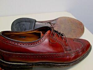 Vtg 1970's Florsheim Long Wingtips brown leather classic sz 13C Great condition.