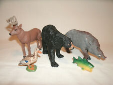 5 Large and Small Plastic North American Animals