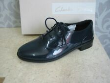 NEW CLARKS DREW MOON NAVY PATENT LEATHER SHOES SIZE 5/38