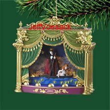 Phantom of the Opera  2006  Carlton Cards  Musical Ornament