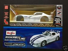 Maisto Assembly Line 1/24 (≅1/25) kit #1006-39945: DODGE VIPER GT2 Sports Coupe.