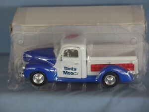 NEW Dinty Moore 1940 FORD PICK-UP TRUCK 1:24 scale die cast metal 1994 in box