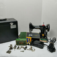 Singer Feather Weight 221 Sewing Machine Vintage 1950 AJ590958