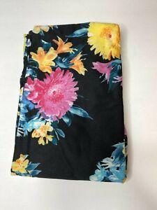 LuLaRoe TC2 Leggings Unicorn NWOT Black with floral