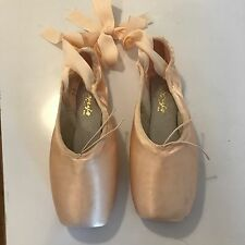 Capezio 102  Pink Pointe Shoes Ballet Dance  9 Wool, Elastic inc.